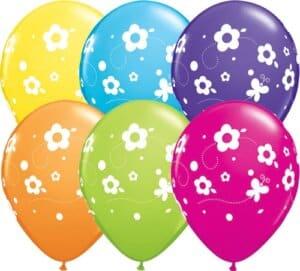Luftballon Blumen und Schmetterlinge