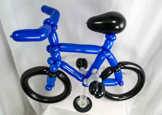 Fahrrad aus Luftballons