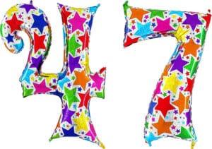 Luftballon Zahl 47 Zahlenballon silber mit bunten Sternen (100 cm)
