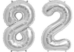 Luftballon Zahl 82 Zahlenballon silber (86 cm)