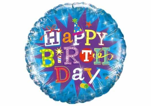 Blauer Luftballon mit buntem Happy Birthday